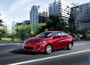normal_hyundai_2012-accent_1600x1200_012